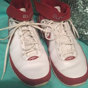 Other - Size 9 hi top sneakers